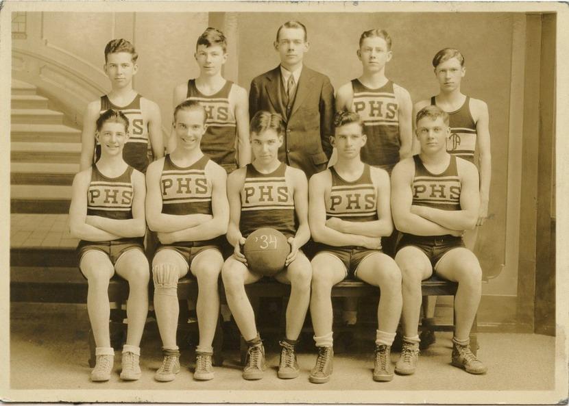 High school basketball team,1934