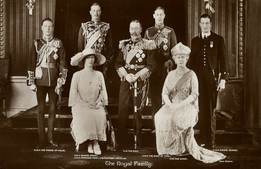 King George V and his royal family