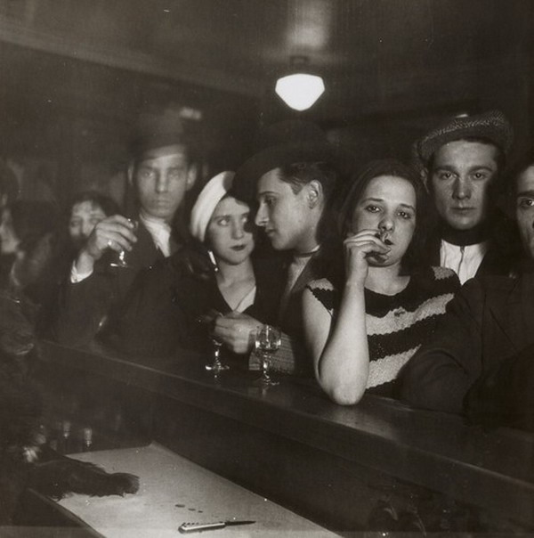 Photo by Germaine Krull, Paris, 1928