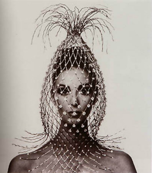 It's a look: Vogue, Paris,1965