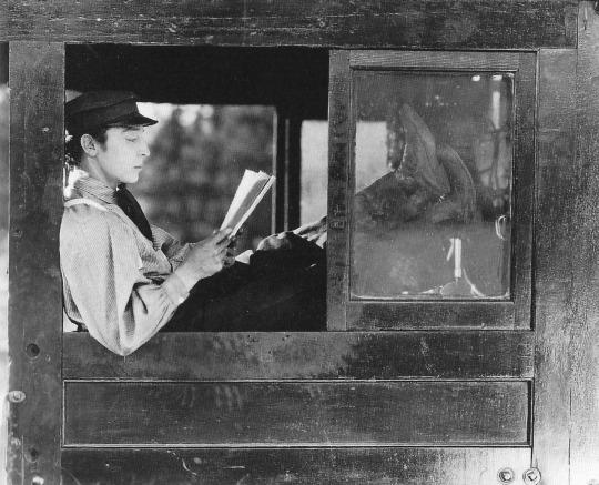 Buster Keaton reading