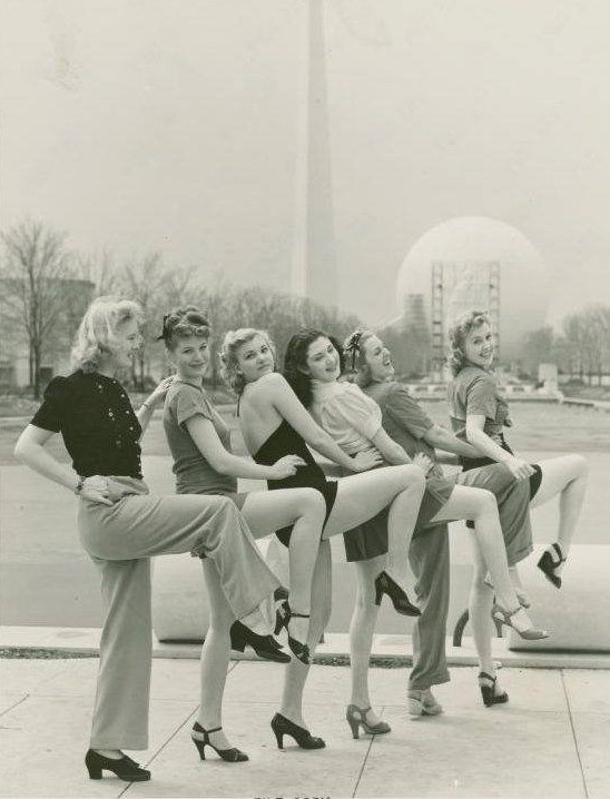 Showing some gams at the NYC World's Fair