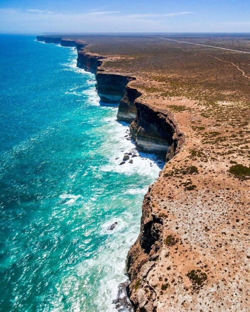 Along the southern coast ofAustralia
