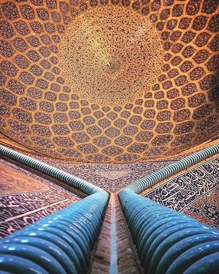 Mosque in Iran, photo by MehrdadRasoulifard