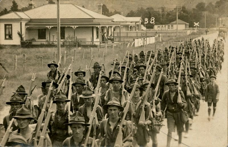 New Zealand soldiers off to war, WWI,1910s