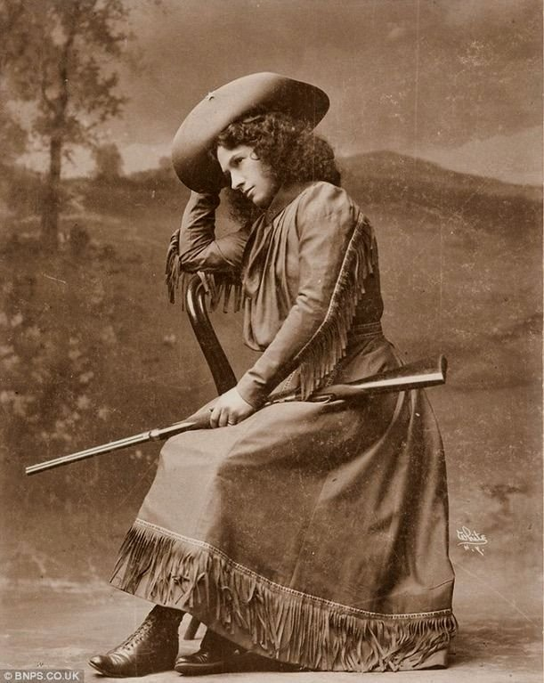 Cowgirl/Sharpshooter Annie Oakley