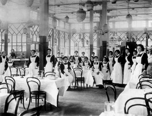 London tea house, circa 1910