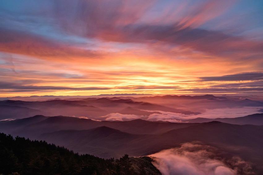 The ethereal Great Smoky Mountains, NorthCarolina