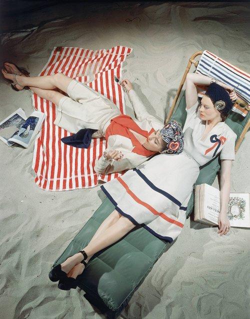 Beach fashions, 1940s