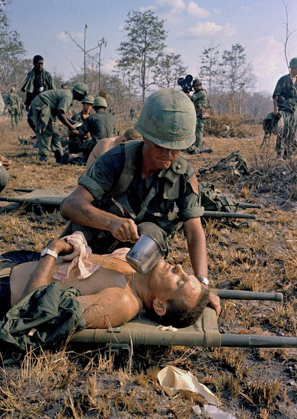 Wounded American soldier, Vietnam War