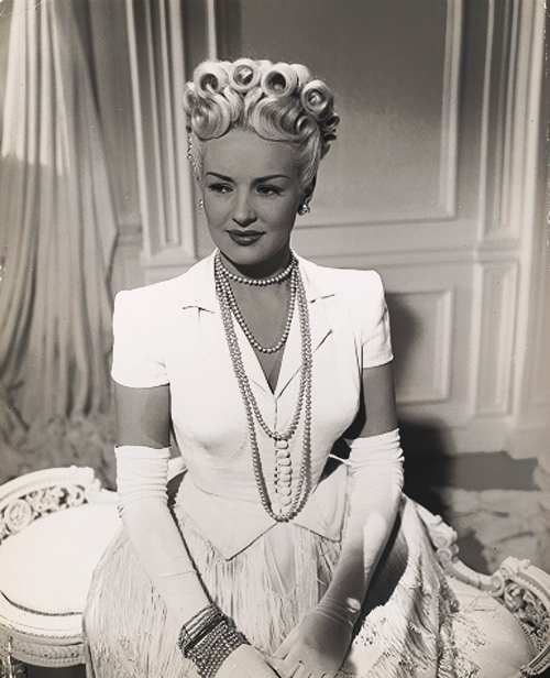 Betty Grable AND HER HAIR,1946