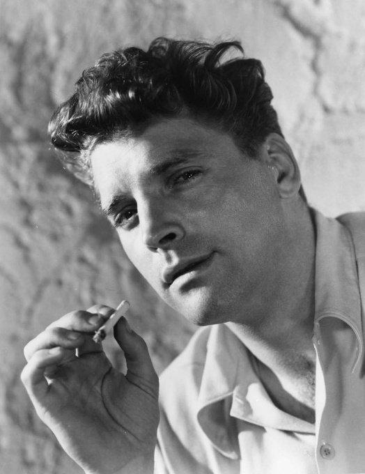 Burt Lancaster smoking acigarette