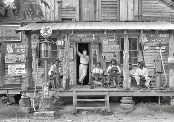 GENERAL STORE 323