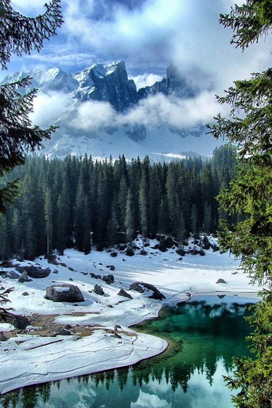 MOUNTAIN LAKE ITALY 4