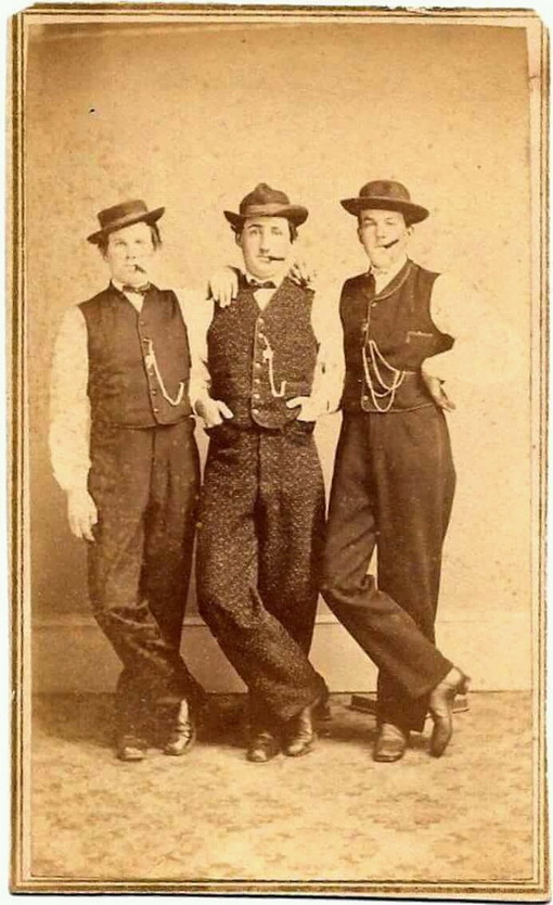 Three vintage mentogether