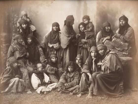 bedouin women 1800s