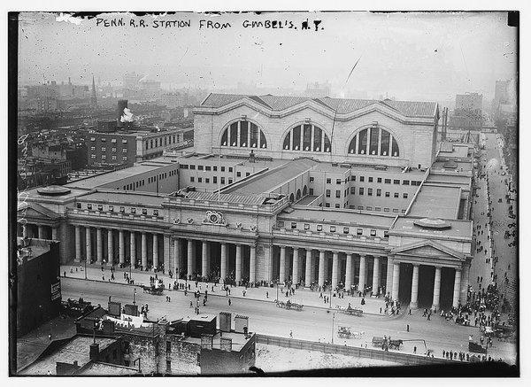 Old Penn Station, NYC, circa1905