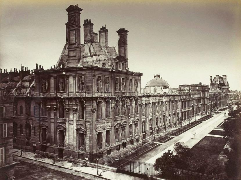 Le Palais des Tuileries, Paris, 1871 (after the uprising of1870)