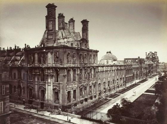 PARIS Le Palais des Tuileries in 1871