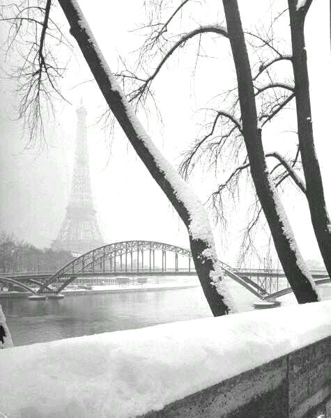 PARIS WINTER 1946