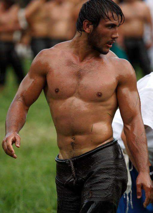 turkish oil wrestlers 5556