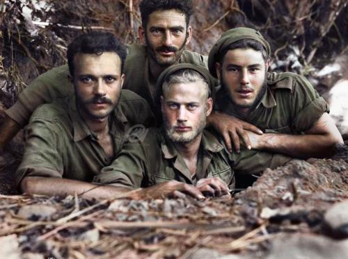 Australian soldiers in New Guinea,WWII