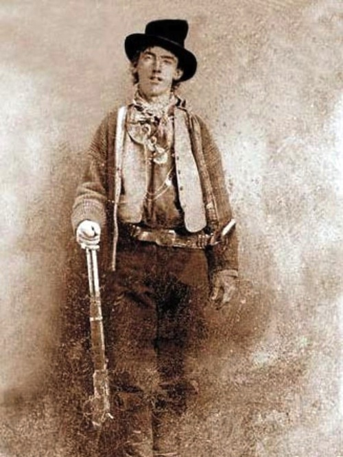 One of the few photos of notorious outlaw Billy the Kid,1800s