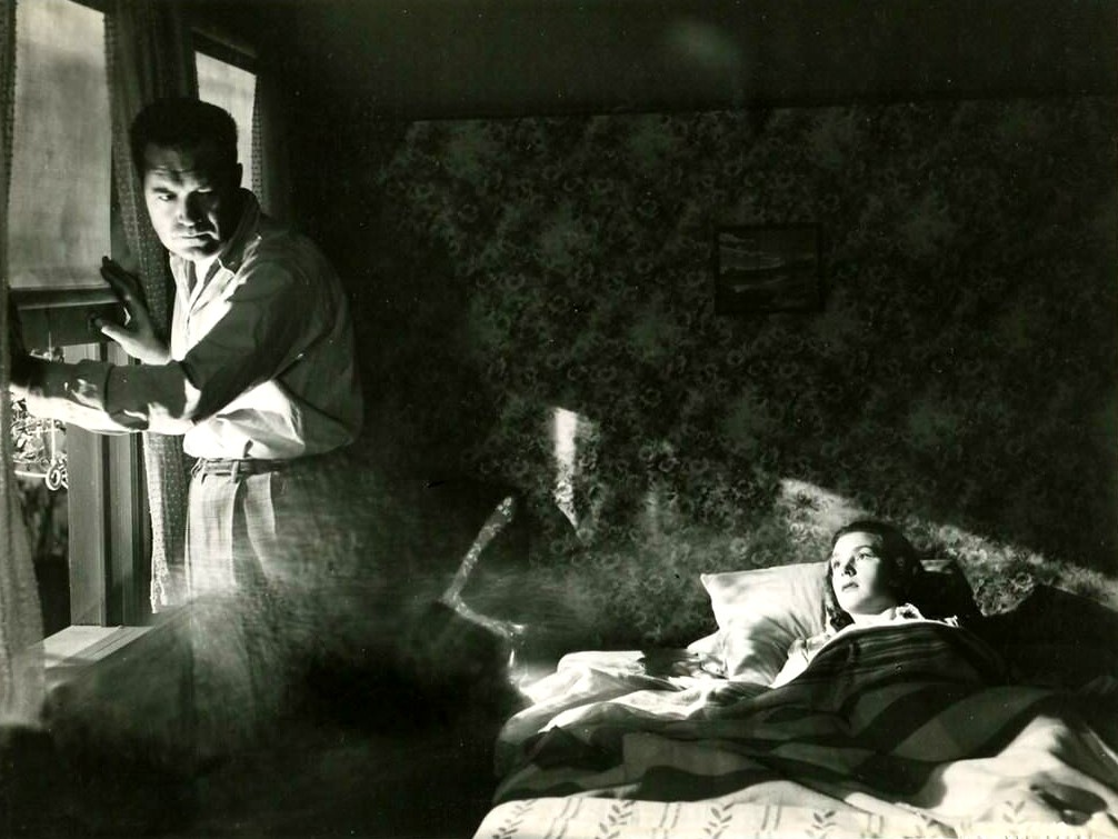 """Film Noir Moment: Frank Lovejoy and Kathleen Ryan in """"Try and Get Me"""",1950"""