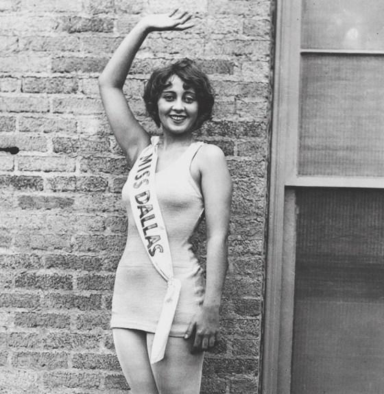 joan blondell 1926