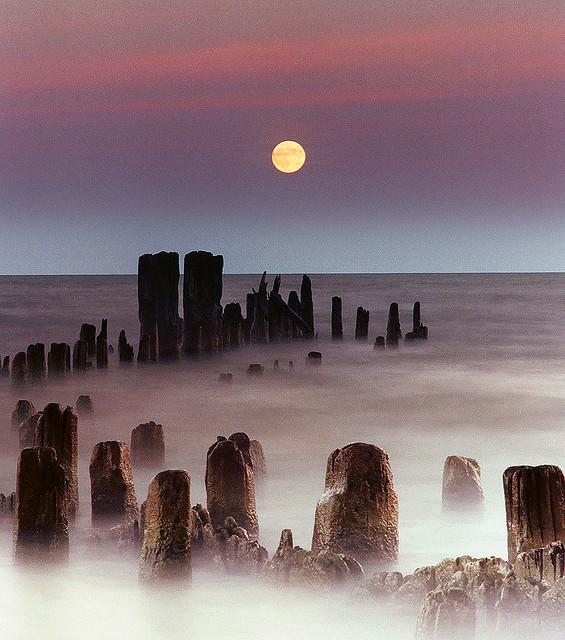 Moonrise on Lake Michigan by JamesJordan