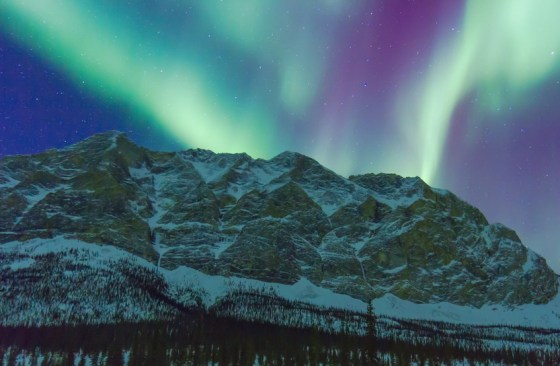 NORTHERN LIGHTS 5876