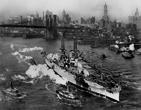 The USS Arizona on the East River, NYC, WWI, 1916