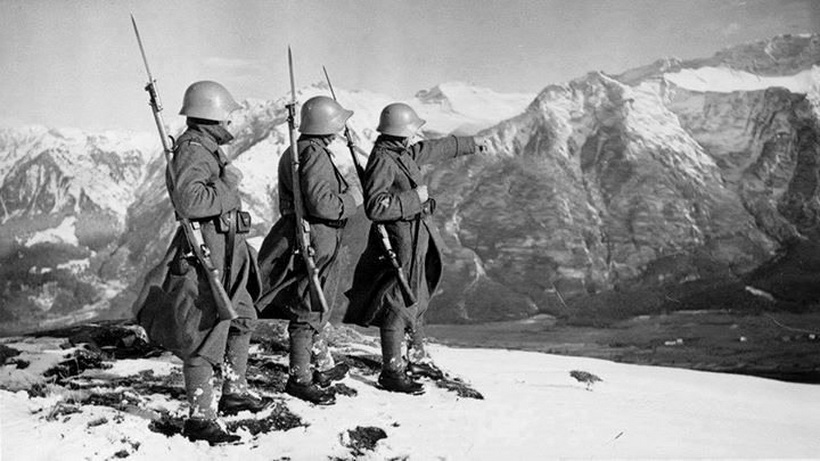 Swiss soldiers, WWII