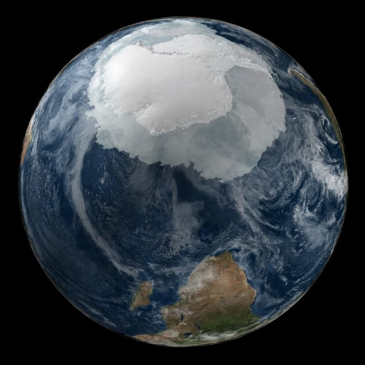 Antarctica and ice shelves in winter before globalwarming