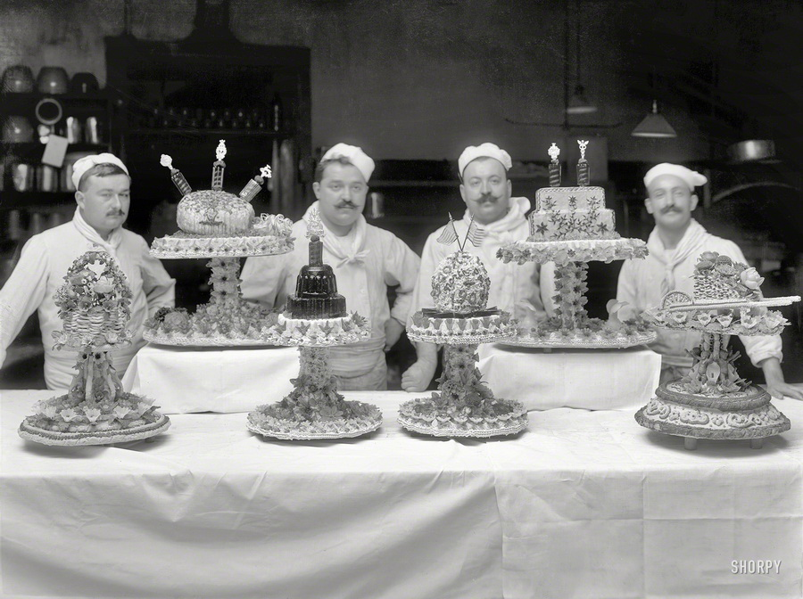 Vintage bakers and their cakes