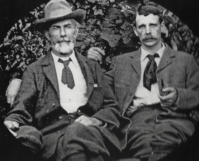 Edward Carpenter (left) and his partner George Merrill(right)