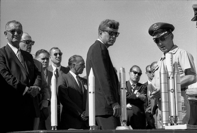 LBJ and JFK looking at rocketmodels