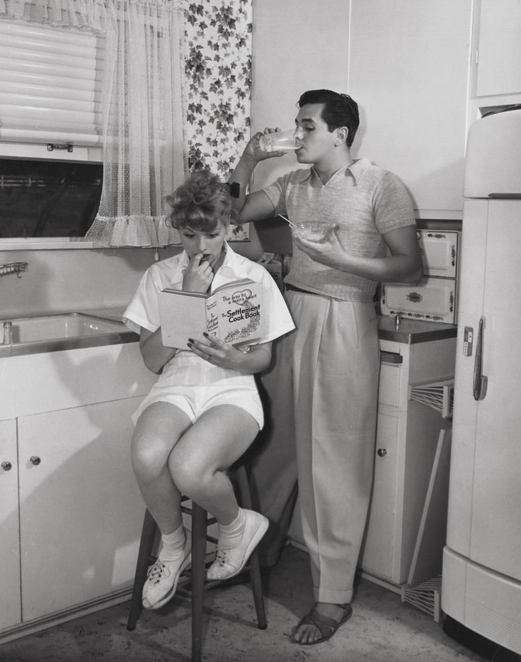 Lucille Ball and Desi Arnaz when they were newlyweds, 1940s