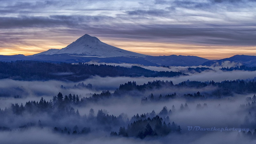 Misty approaches to Mount Hood,Oregon