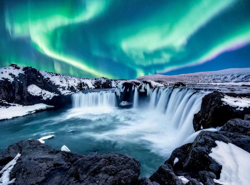 Northern Lights/Aurora Borealis and Waterfalls,Iceland