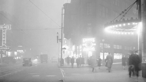 Day time in Pittsburgh during WWII – the steel plants were working round the clock and resulted in thicksmog/pollution