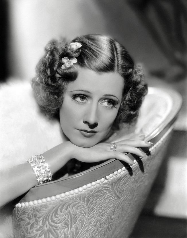 Irene Dunne, 1930s