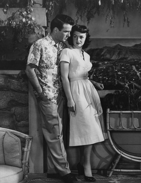 """Montgomery Clift and Donna Reed in """"From Here toEternity"""""""