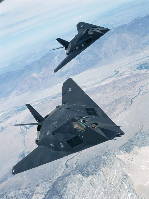 USAF 879