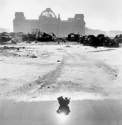 WWII END BERLIN 777