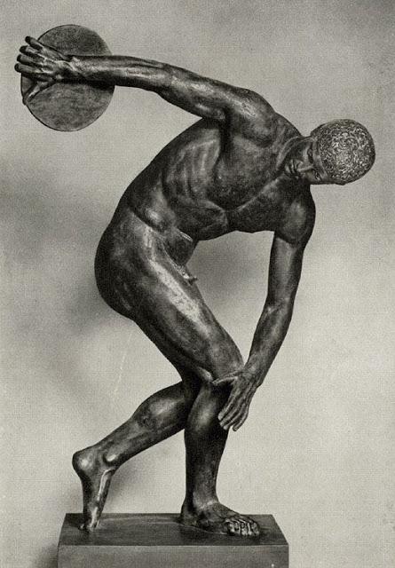 Discobolus-the-ancient-Greek-sculptor-Myron