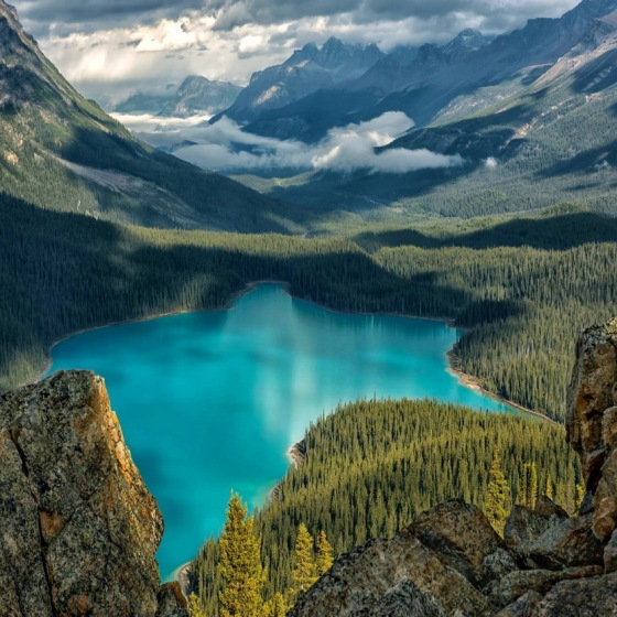 MOUNTAIN LAKE 3744