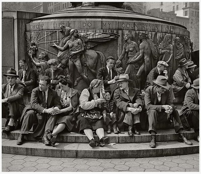 People waiting to watch a parade, Union Square, NYC, by Jerome Liebling,1947