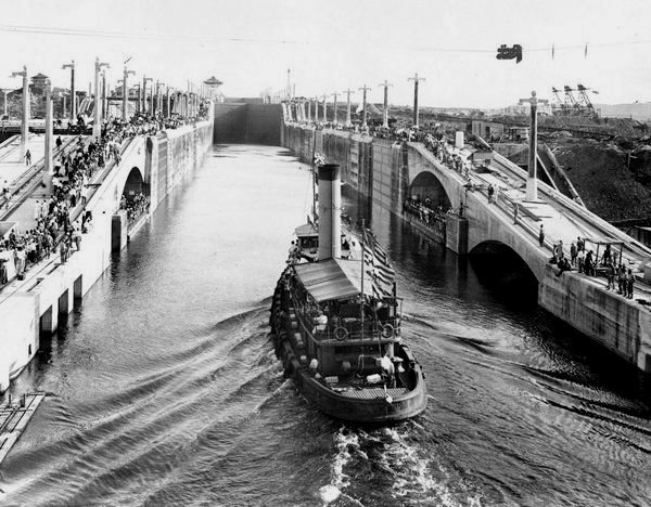 When the Panama Canal was new