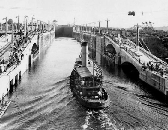 PANAMA CANAL 214